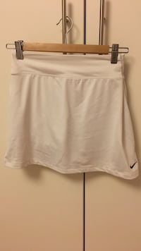 NEW Nike tennis skirt size: S
