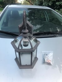 OUTDOOR WALL LIGHT WITH MOUNTING HARDWARE $10