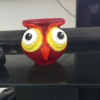 Red and yellow owl owl planter 1284 mi