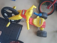 yellow and red trike Terrebonne, J6Y