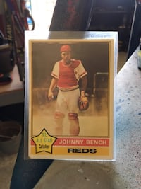 JOHNNY BENCH Topps card# 300 1976 card  Greenwood, 46142