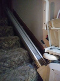 Acorn brand stair lift. I hv the lift for both flights of stairs. Akron, 44320