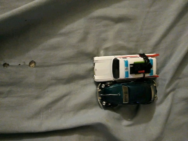 black and white car scale model