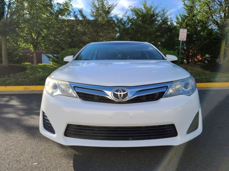 2014 Toyota Camry for sale c2815d82-cdda-4aac-900c-051d09619ac8