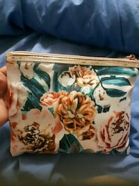 brown and white floral print case Newmarket, L3X 2P2