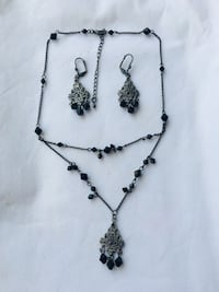 Gothic necklace and earrings Toronto, M9A 4R7