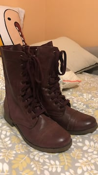 Mossimo boots only worn a few times size 6 1/2 Oxford, 48371