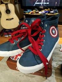 High tops Marvel   Captain  America