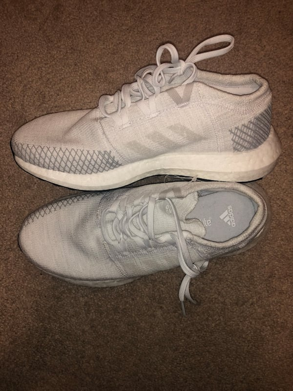 Adidas Pure boost Size 6 men 3