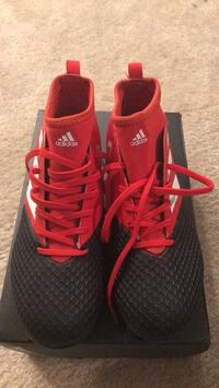 Brand New Addidad Soccer Cleats Size 5 1/2 Newport News, 23606