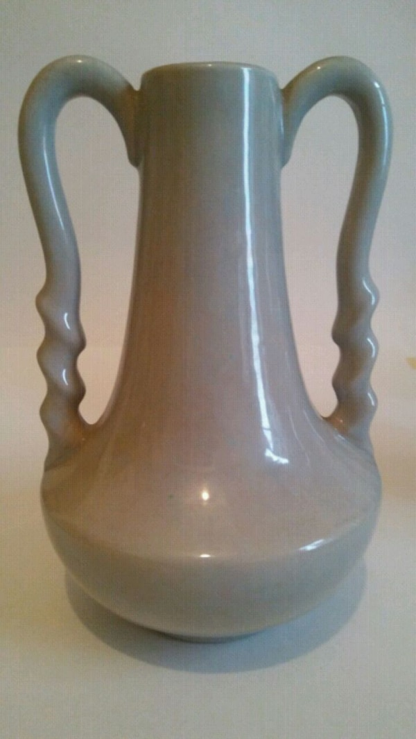 Used Vintage 1950s Gonder Ceramic Vase Vg Condition For Sale In New