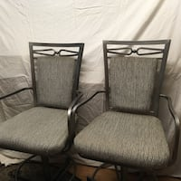 Counter height bar stools (like new)