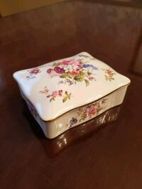 Vintage Hammersley - Howard Sprays Bone China Trinket Box