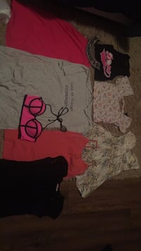 Girls clothes size SM Brantford, N3P 1R1