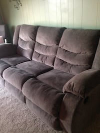 Recliner couch Big Spring, 79720
