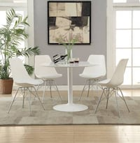 Round white retro yet modern dining table (chairs additional) Sacramento, 95815