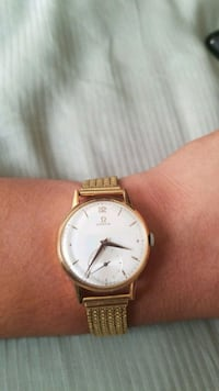 18k gold analog watch with link bracelet Chicago, 60625