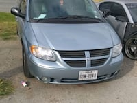 gray Chrysler Town and Country minivan Dallas, 75228
