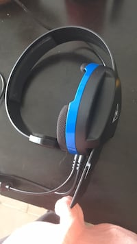 Turtle beach head set ps4 Kitchener, N2M 1V4