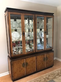 Dining room hutch solid wood Sykesville, 21784