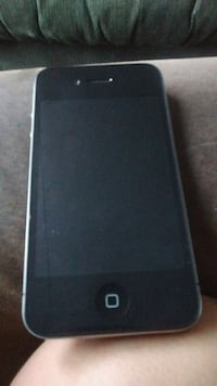 iPhone 4s no cracks breaks very good condition Winnipeg, R3B 1T4