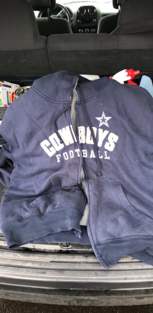 huge selection of 760d5 88f18 Dallas Cowboys Zip-up Hoodie with wool lining.