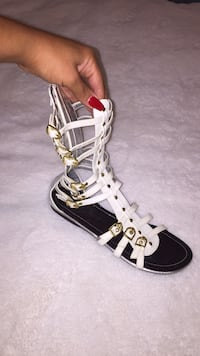White gladiators w gold buckles (size 9) Toronto, M1P 5C4