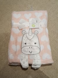 Pink and white heart unicorn blanket Whitby, L0B
