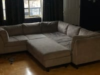 EQ3 Sectional Sofa Toronto, M6L 2P2