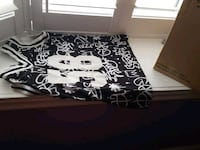 black and white floral bed sheet Whitby, L1R 2A8