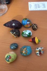 Painted hermit crab shells