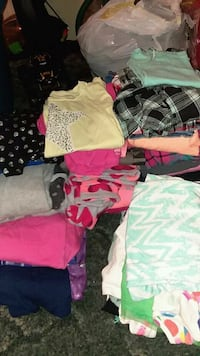 girl's assorted clothes 268 mi