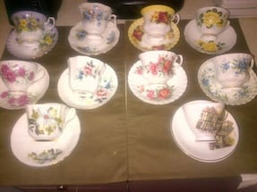 Vintage assorted mix of fine bone China cups an saucers