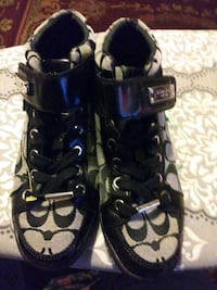 Women/girls coach shoes size6 North Augusta, 29841