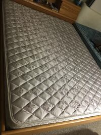 Quilted white and gray floral mattress Lisle, 60532