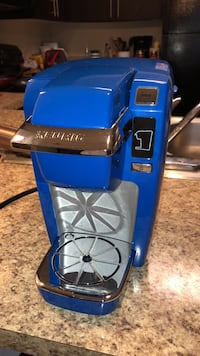 Keurig Model K10 Royal Blue. Originally bought for $174.00, Selling for $100 or best offer. 1 year old, great condition, well kept and maintained, cleaned every month, works perfectly, takes all k-cups. Orlando, 32826