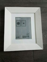 2 ikea picture frames Vancouver