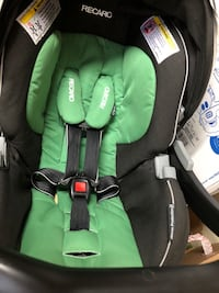 infant car seat Farmingdale, 11735