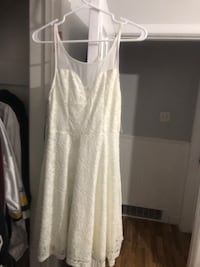 White dress new with tag  Toronto, M1G 2M2