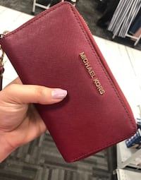 Michael Kors wallet  Elk Grove, 95624
