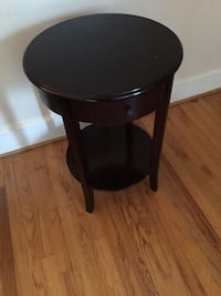 Round black wooden end tables Cayce, 29033