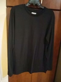 Men's long sleeve medium