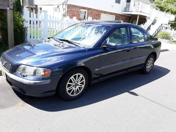 2004 Volvo S60 180 000 Miles Needs Tlc Rack And Pinion Engine Starts Runs Clean Title