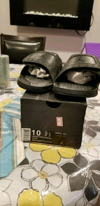Jordan hydro 13 retro slides Central Islip, 11722