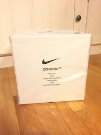 Off White x Nike Soccer Ball  Mc Lean, 22102