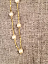 Gold and pearl necklace Tysons, 22102