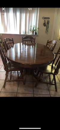 Solid wood table  with 6 chairs  Houston, 77070