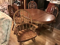 Solid Oak Table with 4 Chairs and a Leaf Denison, 75020