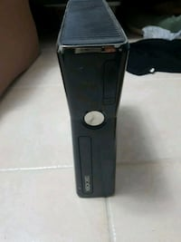 Xbox 360 just needs cables 542 km