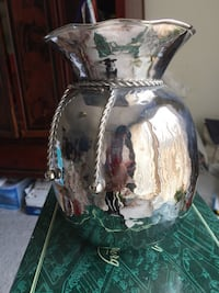 Vase for flowers silver   metal Foxboro, 02035